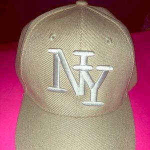 N.Y. Cap